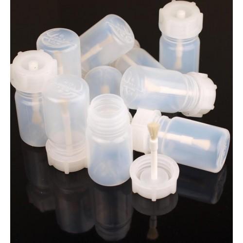 Leere Mastix Plastik-Flasche